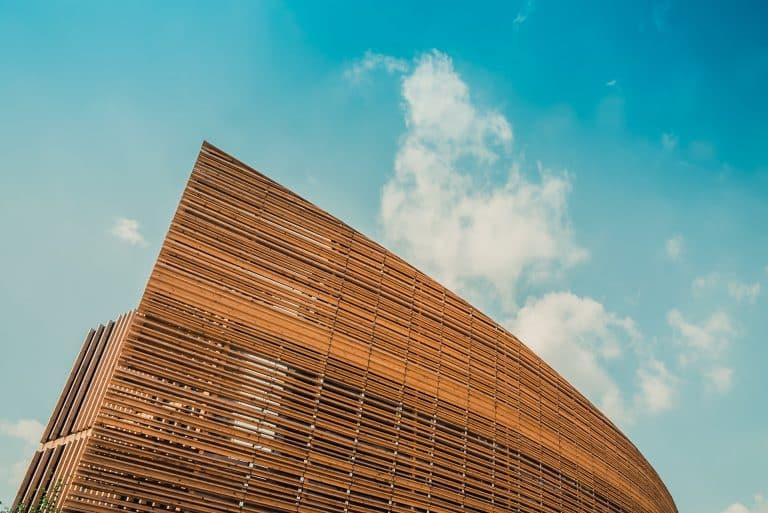 Baustoff Holz: Die Symbiose aus Tradition und Innovation